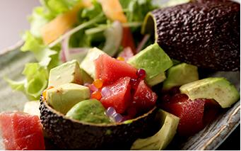 海鮮とアボカドのサラダ
