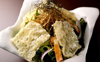 揚げ湯葉とごぼうのカリカリサラダ